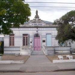 "Hospital Municipal ""Dr. Angel Pintos"""